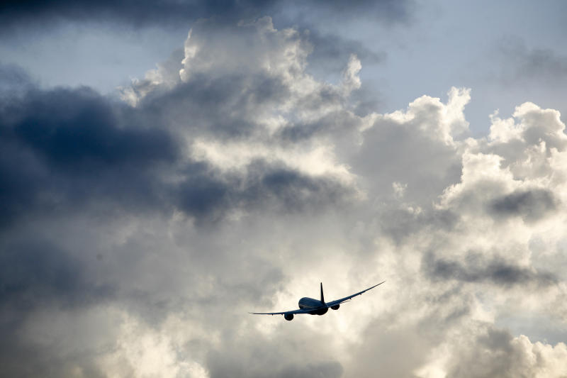 More flights arriving late, American is most tardy