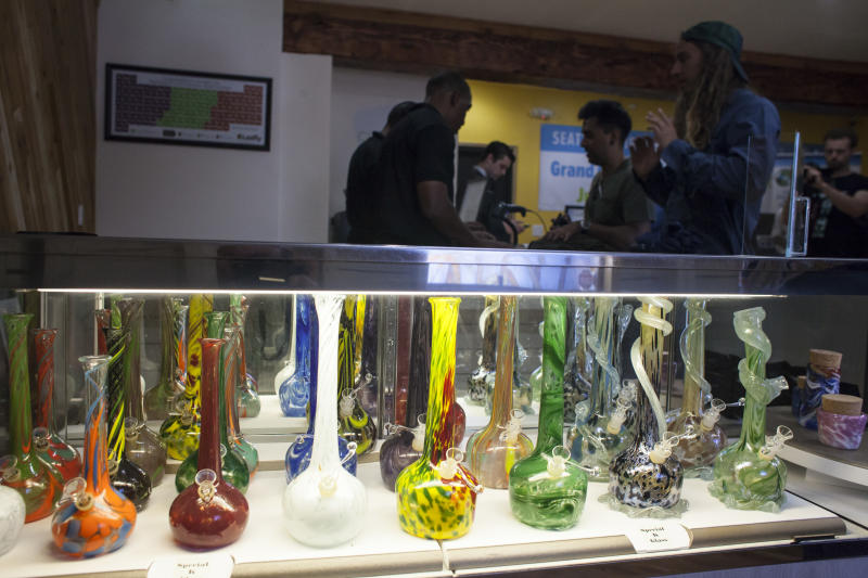 Marijuana bongs, or water pipes, are displayed at the Cannabis City retail marijuana store on July 8, 2014 in Seattle, Washington (AFP Photo/David Ryder)