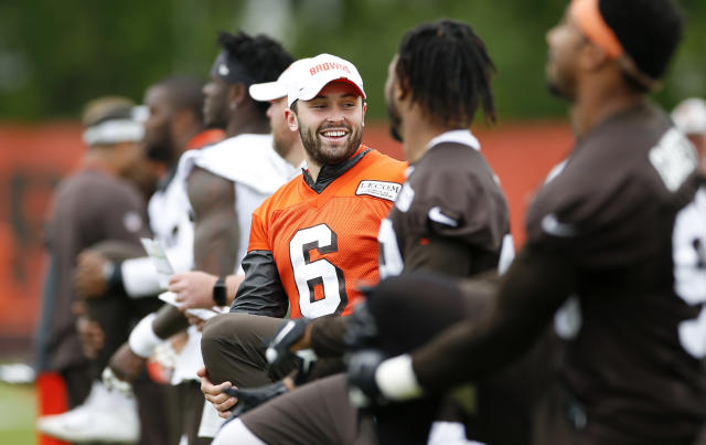 Cleveland Browns veterans were reportedly upset with recent comments quarterback Baker Mayfield, center, made about running back Duke Johnson. (AP)