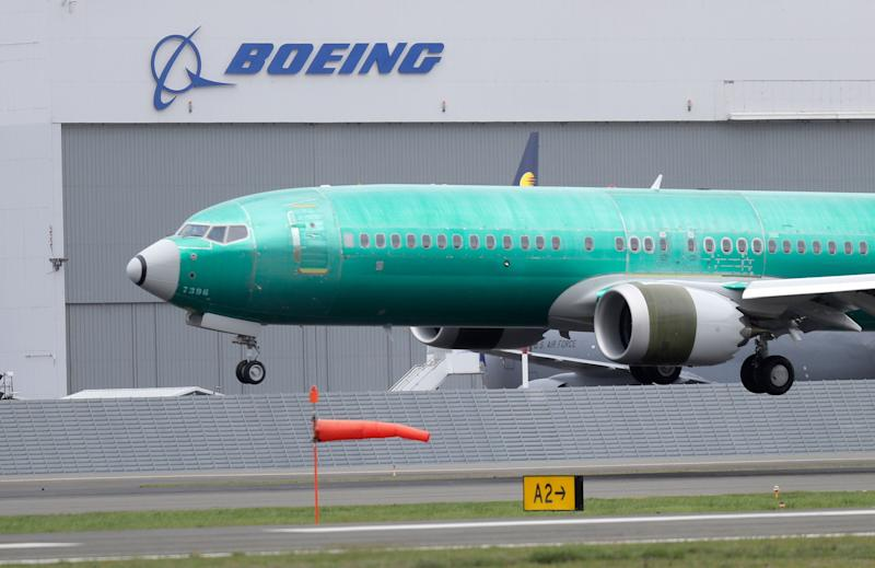 FAA meets US airlines, pilot unions on Boeing 737 MAX