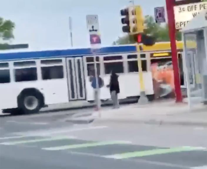 Image: Minneapolis police user generated video
