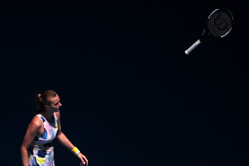 Kvitova fights off Ostapenko to reach Qatar quarters