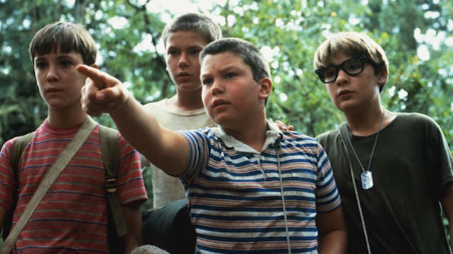 Wil Wheaton, River Phoenix, Jerry O'Connell and Corey Feldman in 'Stand By Me'. (Credit: Columbia Pictures)