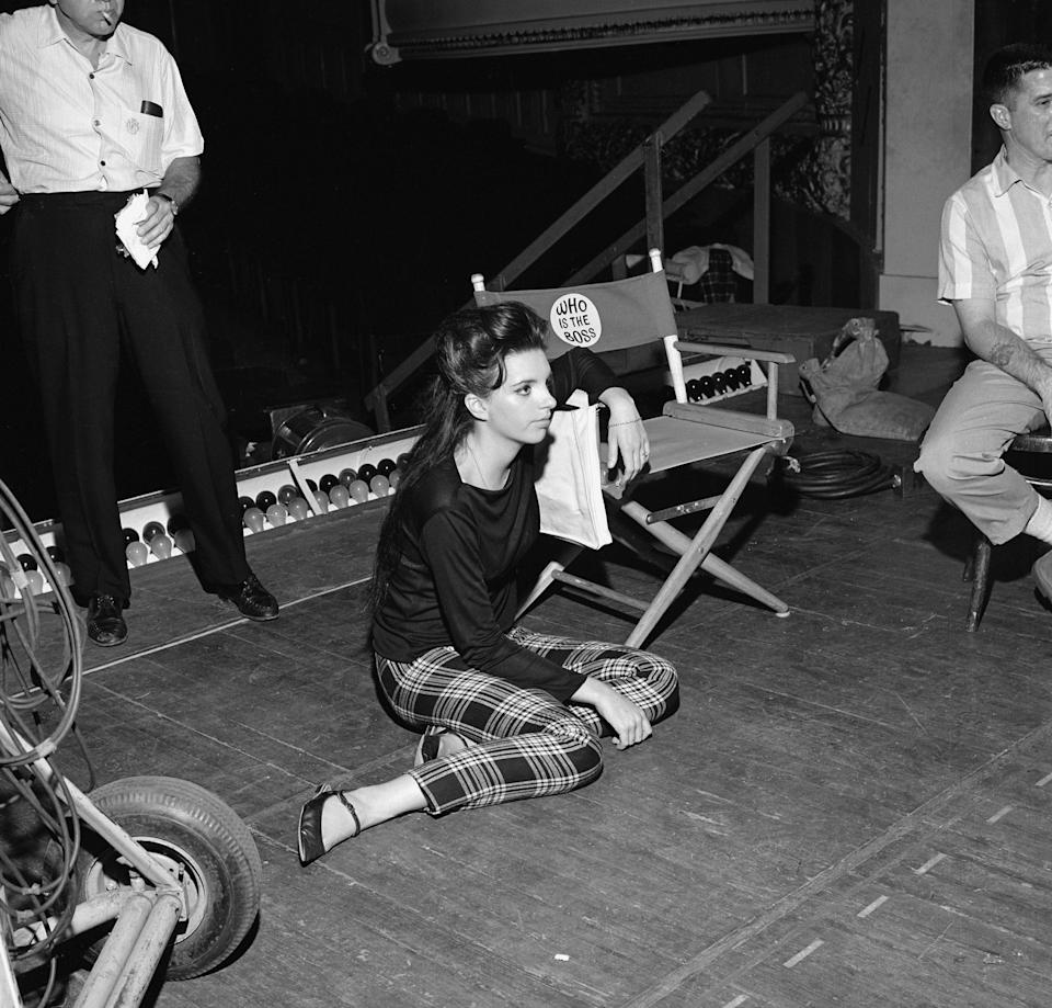 Minnelli during rehearsals for an episode of the CBS TV drama, <em>Mr Broadway</em>, July 1964
