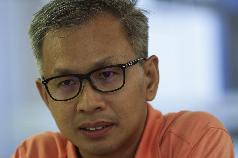 Pua: Only DAP reps with government posts must declare assets