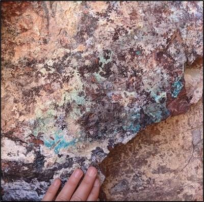Colorado Mine Fault Area Mineralization (CNW Group/Southern Empire Resources Corp.)