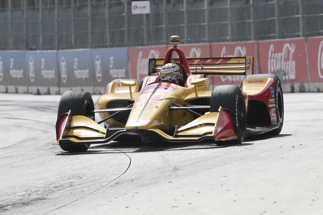 Ryan Hunter-Reay takes turn one during the second race of the IndyCar Detroit Grand Prix auto racing doubleheader, Sunday, June 3, 2018, in Detroit. (AP Photo/Carlos Osorio)