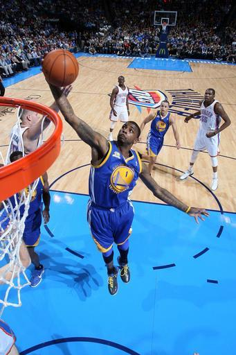 OKLAHOMA CITY, OK - FEBRUARY 17: Dorell Wright #1 of the Golden State Warriors rebounds the ball during the game against the Oklahoma City Thunder on February 17, 2012 at the Chesapeake Energy Arena in Oklahoma City, Oklahoma. (Photo by Layne Murdoch/NBAE via Getty Images)