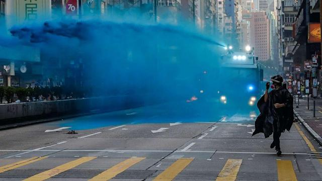 Water cannon sprays mosque entrance in Hong Kong (ABC News)