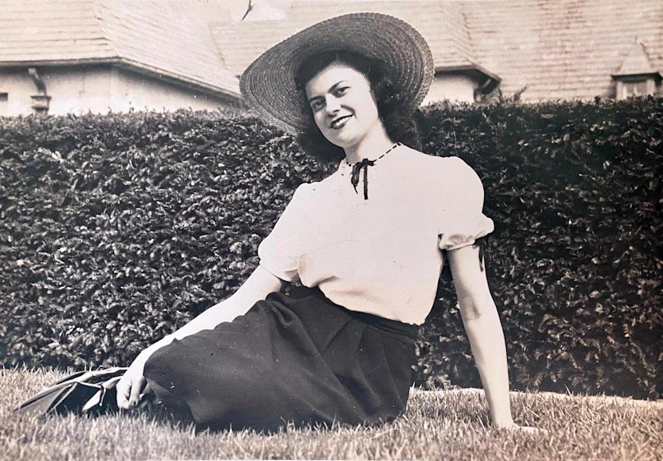 """Joye Hummel Murchison Kelly in the 1940s. She was 19 when she went to work for William Moulton Marston, the creator of Wonder Woman, in 1944. At first she typed his scripts, but soon she was writing her own. She was the first woman to write scripts for the Wonder Woman comic-book franchise, but hardly anyone was aware of that for almost 70 years. Then Jill Lepore tracked her down while writing her 2014 book, """"The Secret History of Wonder Woman,"""" and suddenly Hummel was a cause célèbre in the fan universe. Ms. Kelly since her 2000 marriage to Jack Kelly -- died on April 5, 2021, the day after her 97th birthday, at her home in Winter Haven, Fla. Her son confirmed the death. (Robb Murchison via The New York Times)"""