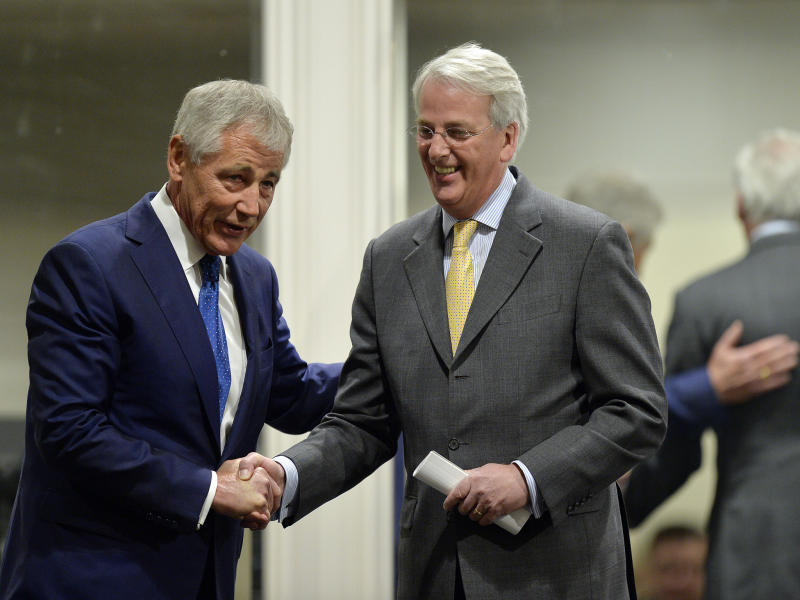 Ivo Daalder (R) with then US Secretary of Defense Chuck Hagel in Chicago in 2014: Getty Images