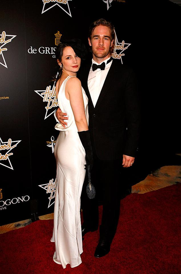 "Former ""Dawson's Creek"" star James Van Der Beek and his wife Heather McComb look classic in black and white. Jean Baptiste Lacroix/<a href=""http://www.wireimage.com"" target=""new"">WireImage.com</a> - February 21, 2008"