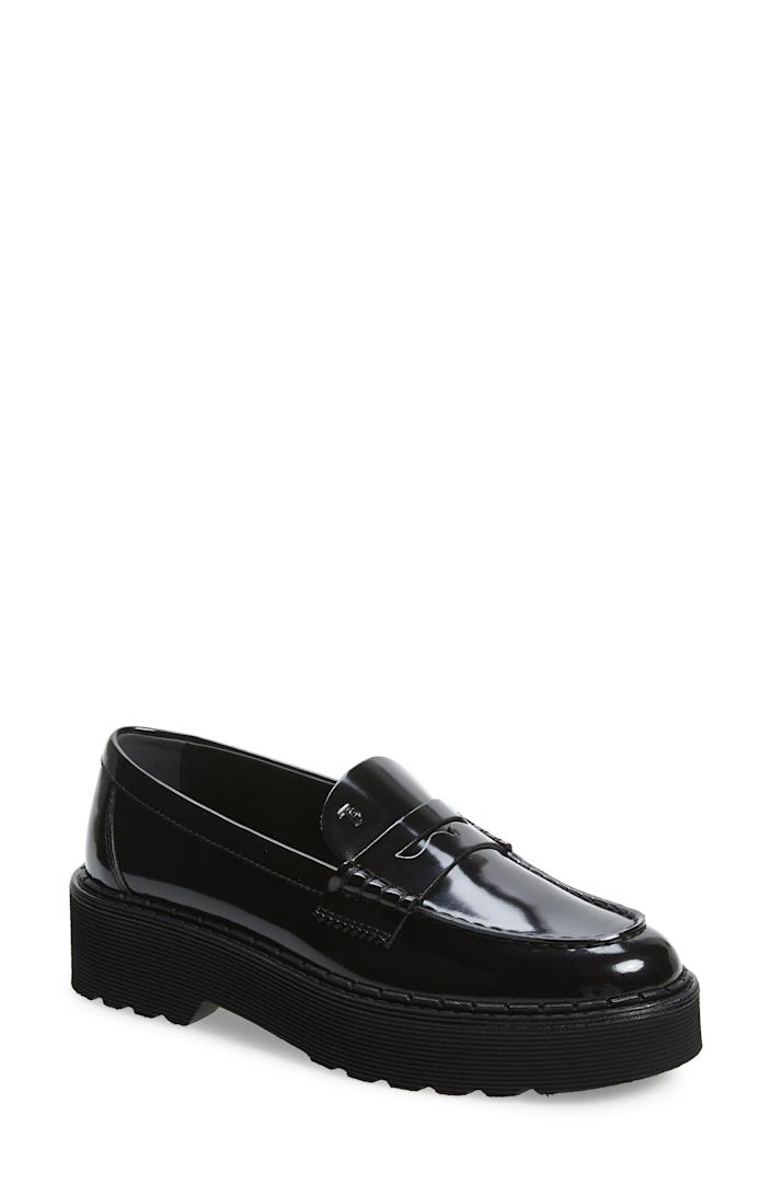 """<p><strong>TODS</strong></p><p>nordstrom.com</p><p><strong>$645.00</strong></p><p><a href=""""https://go.redirectingat.com?id=74968X1596630&url=https%3A%2F%2Fwww.nordstrom.com%2Fs%2Ftods-platform-penny-loafer-women%2F5784601&sref=https%3A%2F%2Fwww.harpersbazaar.com%2Ffashion%2Ftrends%2Fg4447%2Fluxury-gifts-for-women%2F"""" rel=""""nofollow noopener"""" target=""""_blank"""" data-ylk=""""slk:Shop Now"""" class=""""link rapid-noclick-resp"""">Shop Now</a></p><p>An update to the classic loafer for those thoughtful walks through the city. </p>"""