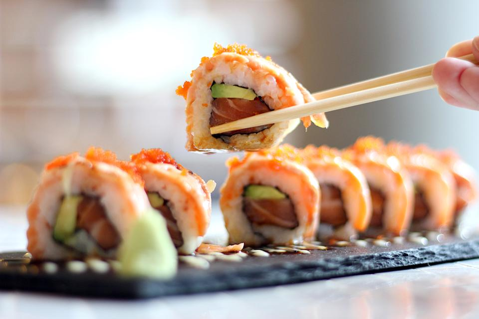 Woman Suffers Hallucinations From Five Day Old Sushi Sushi station is chicagoland's very first rotary sushi bar, not only do we offer superb quality sushi but we offer many other items for the rest of the friends and family to enjoy! woman suffers hallucinations from five day old sushi