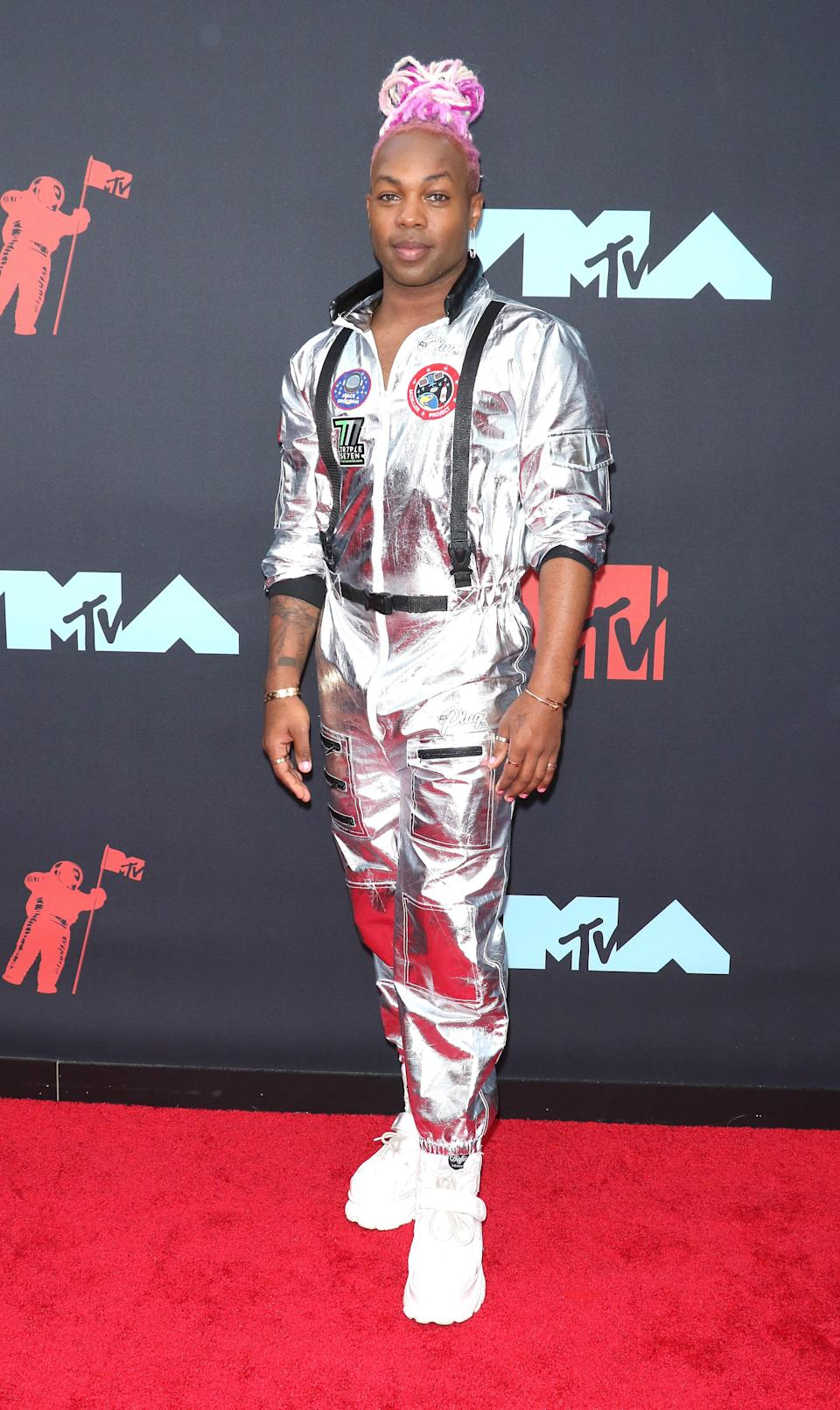 <em>Ehm…</em> sometimes it's better to let images speak for themselves but this 'fit from Todrick Hall certainly <em>did not</em> make this list for its fashion merits.