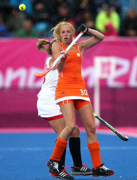 Margot Van Geffen of Netherlands competes during the Women's Pool WA Match W02 between the Netherlands and Belgium at the Hockey Centre on July 29, 2012 in London, England. (Photo by Daniel Berehulak/Getty Images)