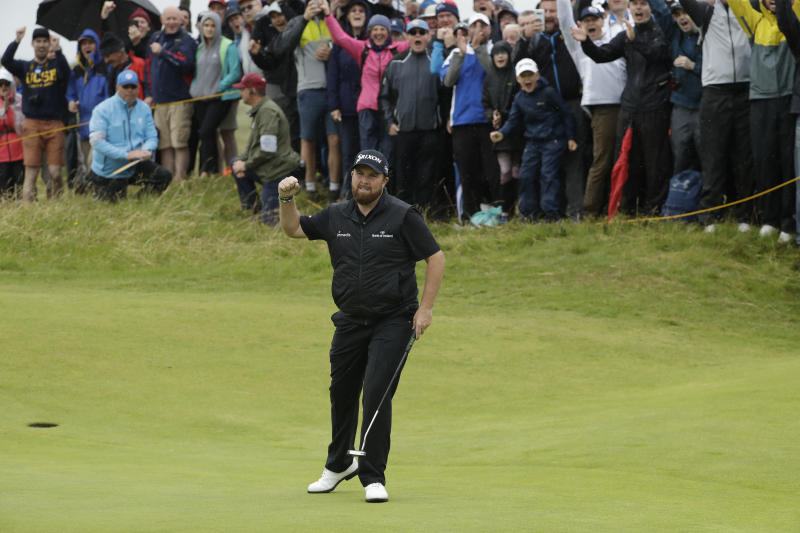 Shane Lowry builds 4-shot lead in British Open