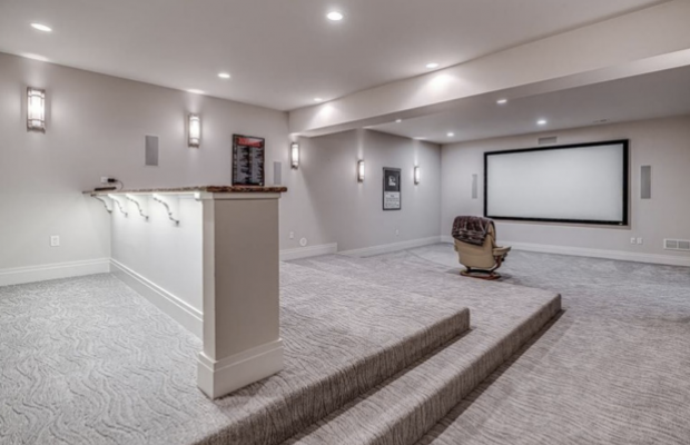 No, Phil Kessel Didn't Have a Single-Seat Home Theater