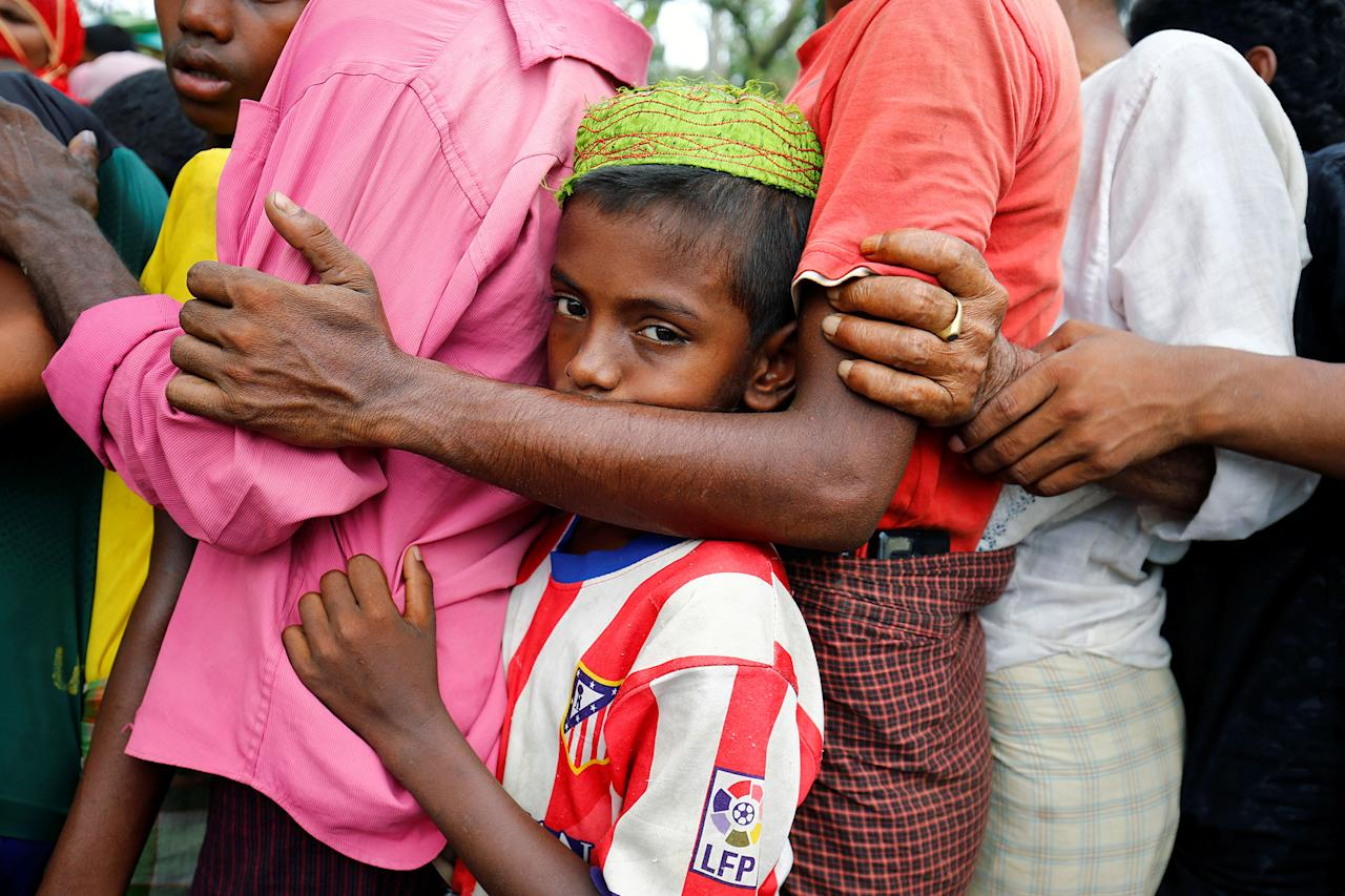 <p>A Rohingya refugee boy stands in a queue to collect relief supplies after being affected by Cyclone Mora, at Balukhali Makeshift Refugee in Coxís Bazar, Bangladesh, May 31, 2017. (Mohammad Ponir Hossain/Reuters) </p>