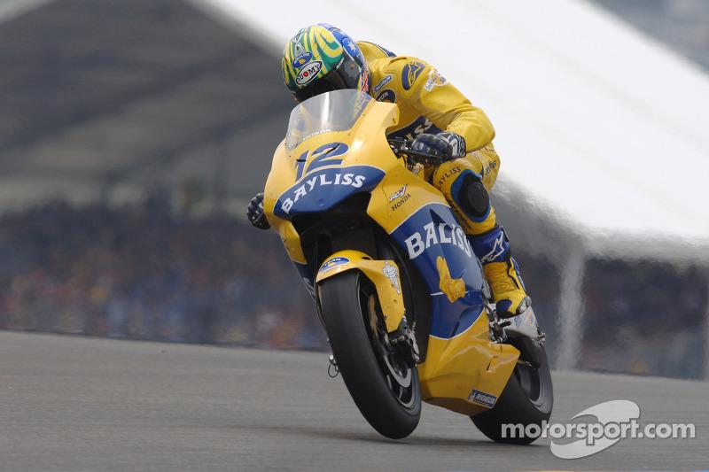 "2005: Troy Bayliss<span class=""copyright"">Camel Media Service</span>"