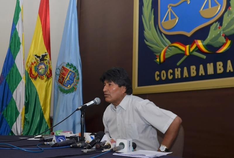 Bolivian President Evo Morales has acknowledged he had a child with former girlfriend Gabriela Zapata, but said the boy died soon after birth