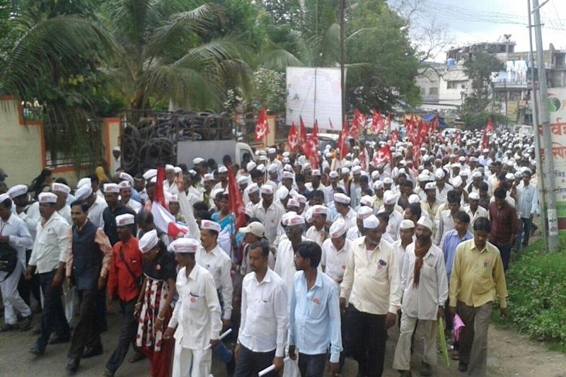 25,000 Farmers March From Nashik to Mumbai, Demand Complete Loan Waiver