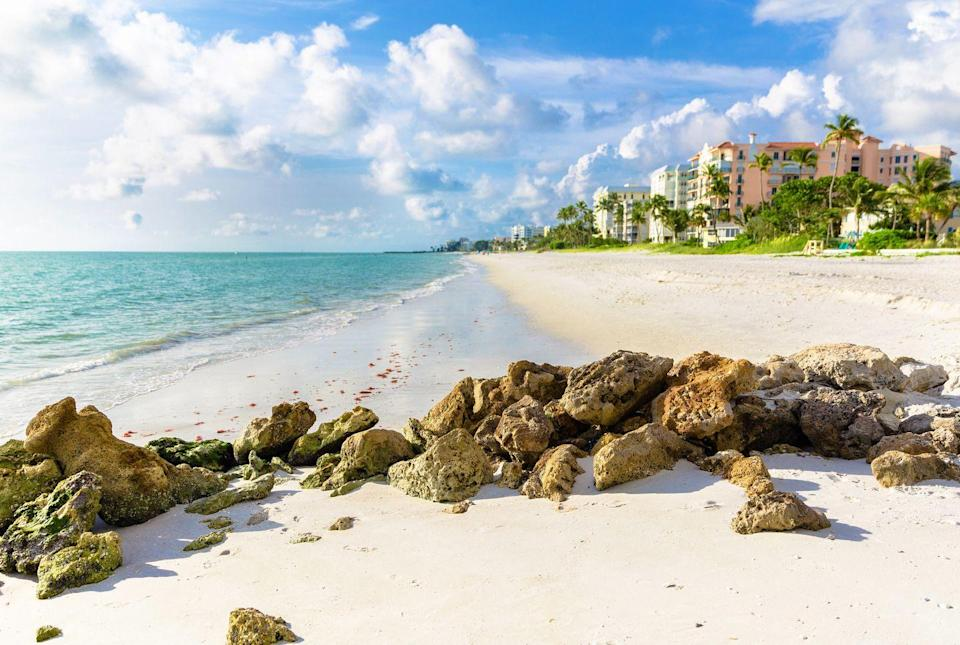 <p>A bright day at a beach in Naples, located in southwest Florida.</p>