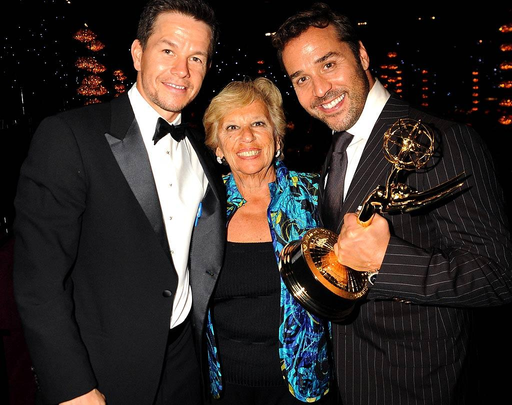 """""""Entourage's"""" executive producer Mark Wahlberg caught up with """"The Piv"""" and his award for Best Supporting Actor in a Comedy. Jeff Kravitz/<a href=""""http://filmmagic.com/"""" target=""""new"""">FilmMagic.com</a> - September 21, 2008"""