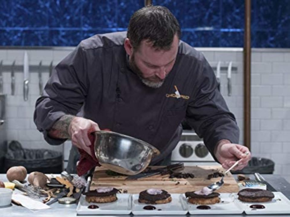 """<p>The show has a cleaning crew that takes care of all of the dirty pots and pans. """"They are fast, thorough, and a delight to be around,"""" Ted Allen told the <a href=""""https://www.foodnetwork.com/fn-dish/shows/2013/05/ted-allen-talks-to-fans-of-chopped-on-facebook"""" rel=""""nofollow noopener"""" target=""""_blank"""" data-ylk=""""slk:Food Network's blog"""" class=""""link rapid-noclick-resp"""">Food Network's blog</a>.</p>"""
