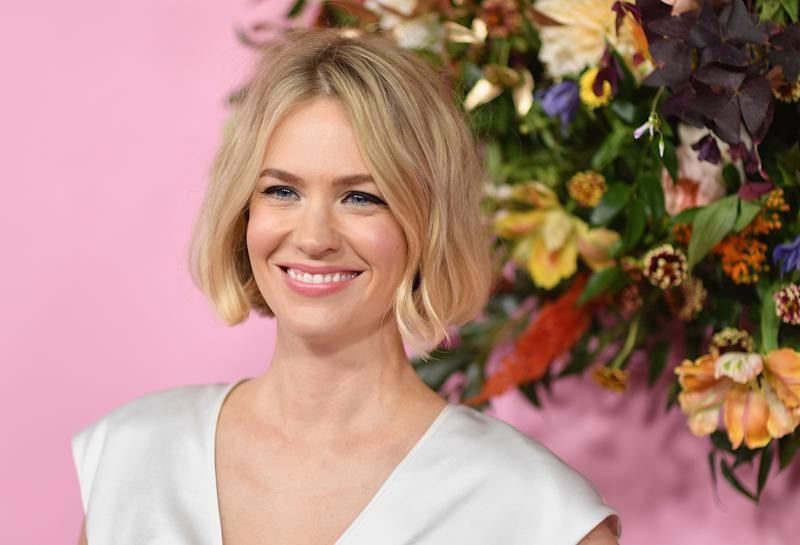 January Jones opened up about going out with Nick Viall on Dax Shepard's Armchair Expert podcast. (Photo: ANGELA WEISS/AFP via Getty Images)