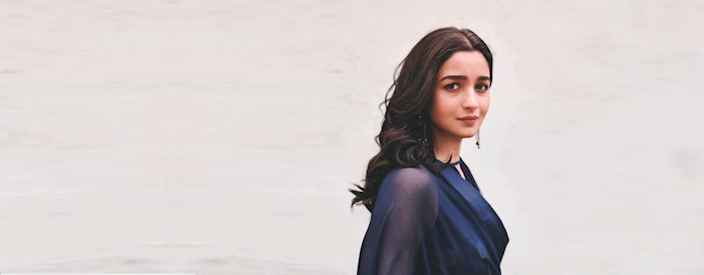 Alia Bhatt uses her platform to influence her followers to develop an eco-friendly lifestyle. In 2018, she took the pledge to ban plastic entirely from her life.