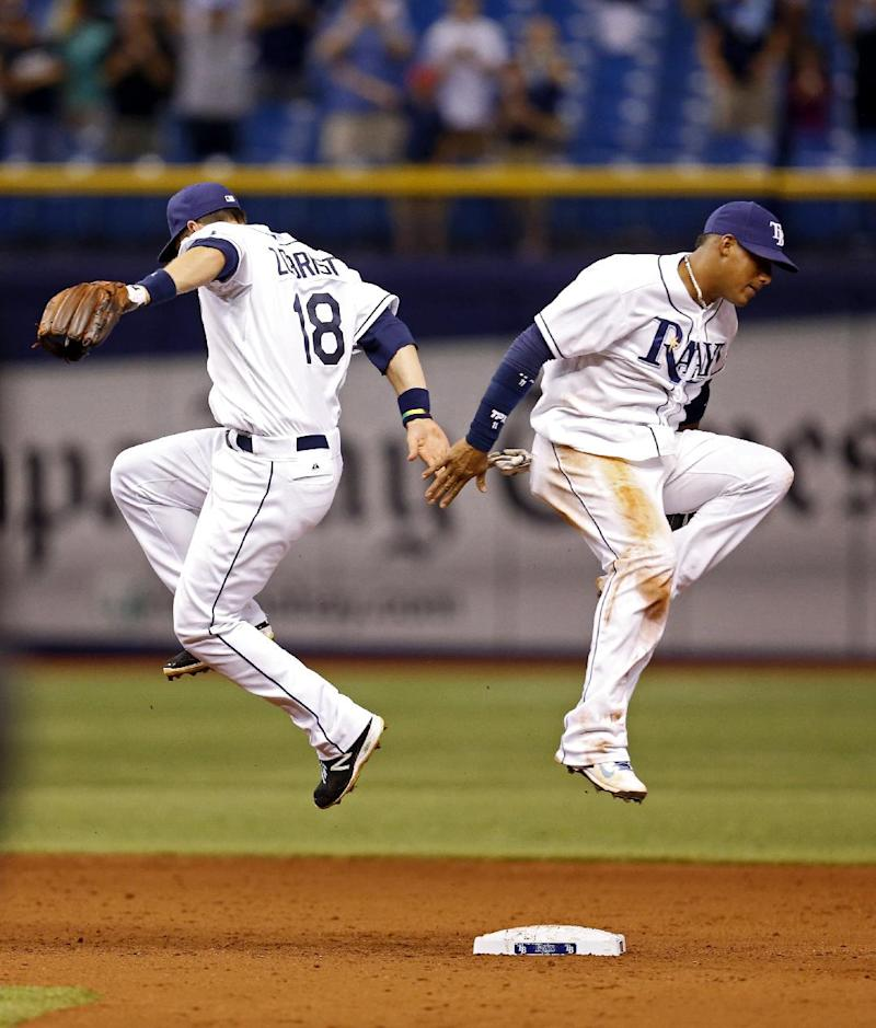 Escobar and Rays agree on 2-year extension