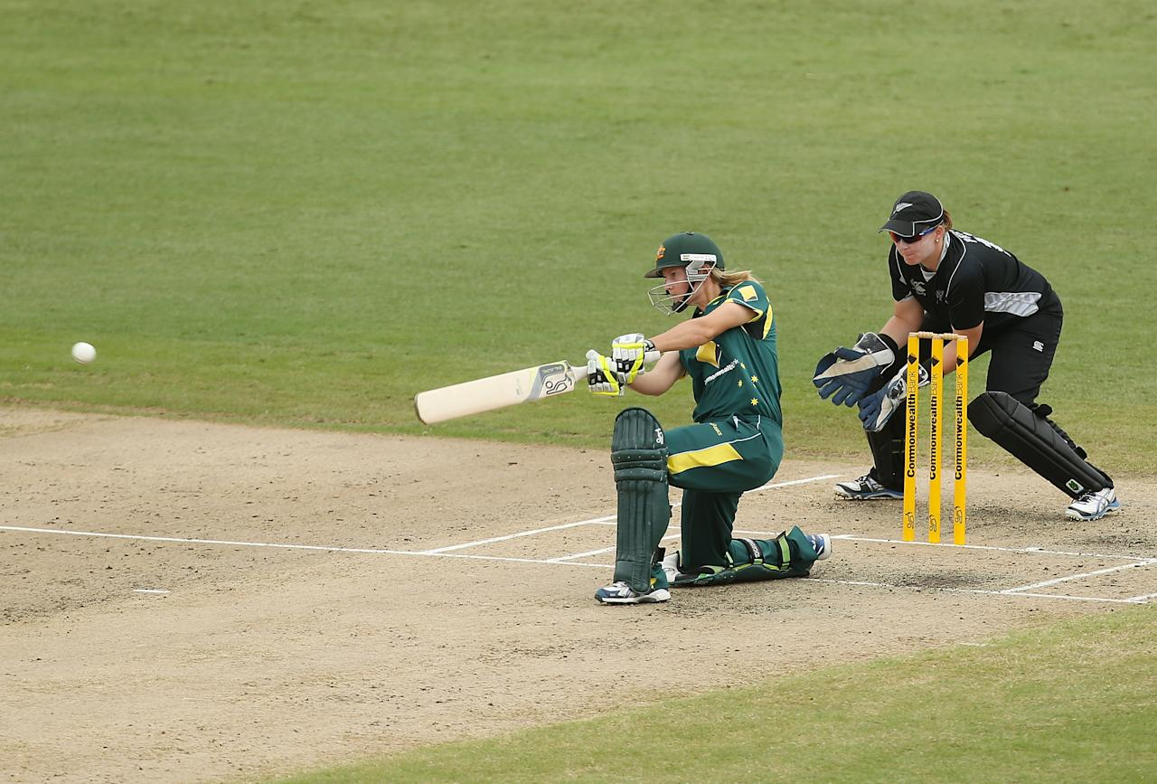 SYDNEY, AUSTRALIA - DECEMBER 19:  Meg Lanning of Australia bats during game four of the one day international series between the Australian Southern Stars and New Zealand at North Sydney Oval on December 19, 2012 in Sydney, Australia.  (Photo by Mark Metcalfe/Getty Images)