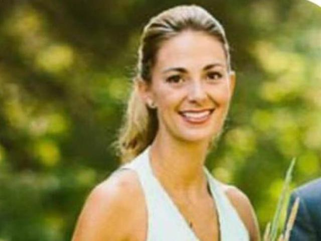 <p>Tara Roe Smith, 34 from Okotoks, Alberta, Canada, was one of the people killed in Las Vegas after a gunman opened fire at a country music festival on October 1, 2017. (Facebook) </p>