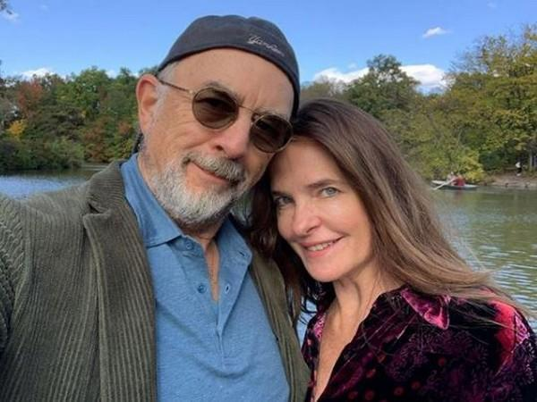 Richard Schiff and Sheila Kelley (Image courtesy: Instagram)