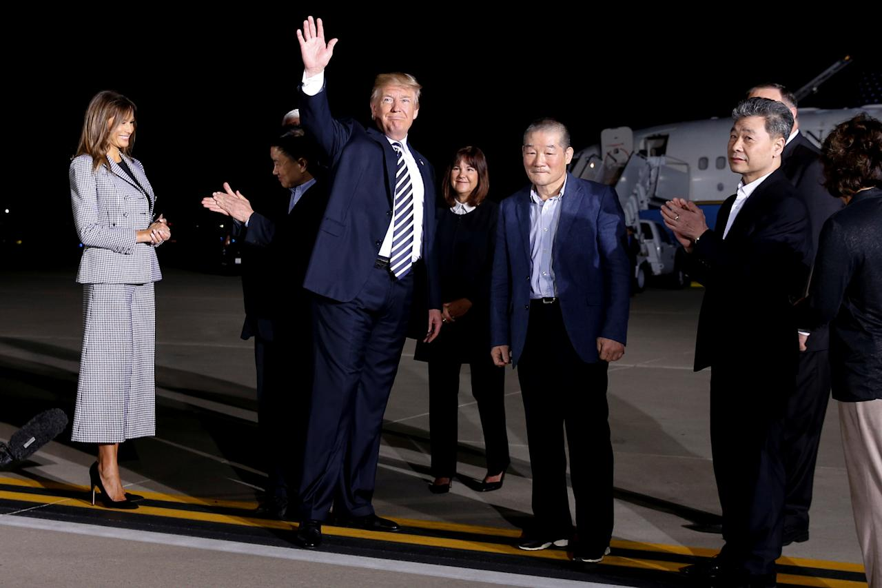 <p>President Donald Trump waves after speaking to the media as he meets the three Americans released from detention in North Korea upon their arrival at Joint Base Andrews, Md., May 10, 2018. (Photo: Jonathan Ernst/Reuters) </p>