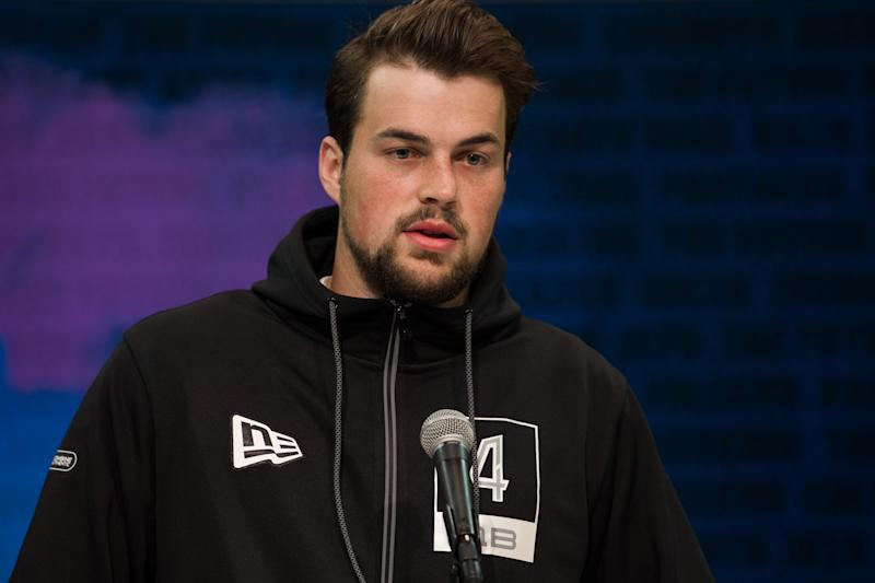 Washington quarterback Jacob Eason is trying to convince NFL evaluators that he has the demeanor to be an alpha leader. (Photo by Zach Bolinger/Icon Sportswire via Getty Images)