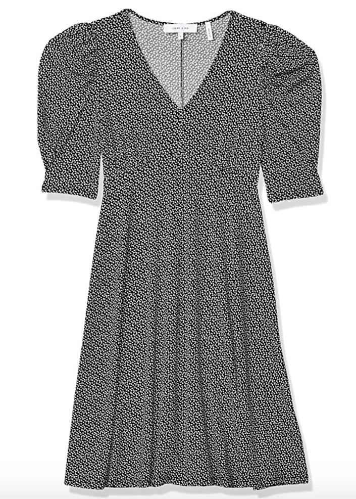 """""""I love the ruched sleeves on this dress that give it a trendy touch. I wanted something I could wear for work or on the weekends, but that wasn't too expensive."""" <strong>- Nims<br><br></strong><a href=""""https://amzn.to/2NkA9ls"""" rel=""""nofollow noopener"""" target=""""_blank"""" data-ylk=""""slk:Originally $29, find it on sale for $19"""" class=""""link rapid-noclick-resp"""">Originally $29, find it on sale for $19</a>. Prices might vary depending on the size and color."""