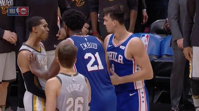 Jordan Clarkson takes exception Dario Saric's final-seconds dunk. (Screencap via TNT)