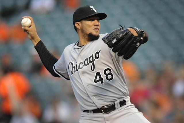 Chicago White Sox starting pitcher Hector Noesi throws against the Baltimore Orioles in the first inning of a baseball game, Wednesday, June 25, 2014, in Baltimore. (AP Photo/Gail Burton)