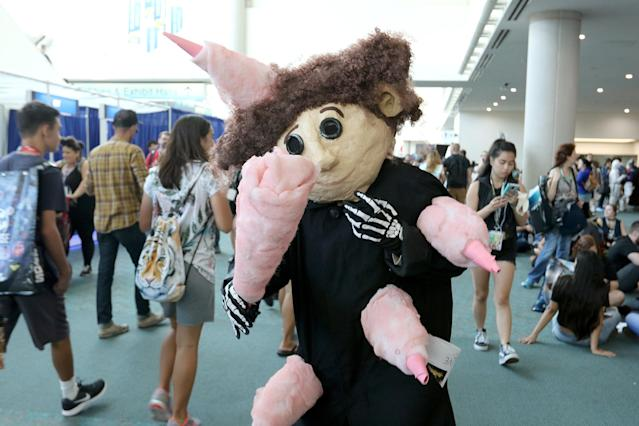<p>Cosplayer dressed as Wybie from <em>Coraline</em> at Comic-Con International on July 20 in San Diego. (Photo: Angela Kim/Yahoo Entertainment) </p>