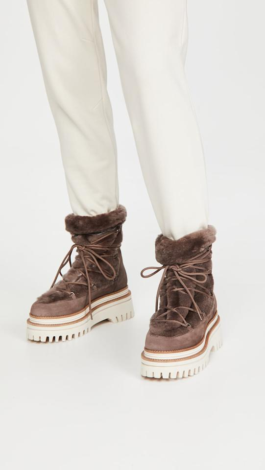 "<p>These <product href=""https://www.shopbop.com/nazare-shearling-boot-paloma-barcelo/vp/v=1/1533877713.htm?folderID=13463&amp;fm=other-shopbysize-viewall&amp;os=false&amp;colorId=19CCE&amp;ref_=SB_PLP_NB_29"" target=""_blank"" class=""ga-track"" data-ga-category=""internal click"" data-ga-label=""https://www.shopbop.com/nazare-shearling-boot-paloma-barcelo/vp/v=1/1533877713.htm?folderID=13463&amp;fm=other-shopbysize-viewall&amp;os=false&amp;colorId=19CCE&amp;ref_=SB_PLP_NB_29"" data-ga-action=""body text link"">Paloma Barcelo Nazare Shearling Boots</product> ($425) are luxe, and you'll want to wear them every day.</p>"
