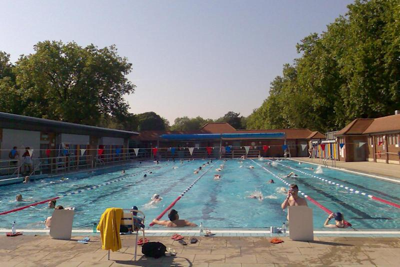 Closing time: London Fields Lido will close for several months: Peter Smith / Wikimedia