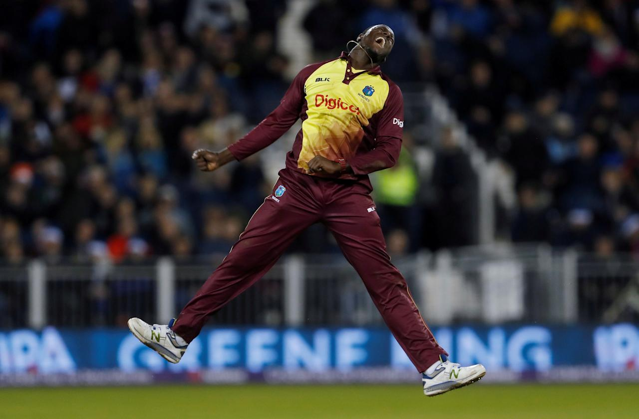 Cricket - England vs West Indies - International T20 - Emirates Riverside, Durham, Britain - September 16, 2017   West Indies' Carlos Brathwaite celebrates his wicket of England's Liam Plunkett and victory   Action Images via Reuters/Lee Smith     TPX IMAGES OF THE DAY