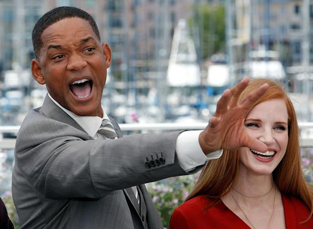 <p>Jury members Jessica Chastain and Will Smith pose at the 70th Cannes Film Festival, May 17, 2017. (Photo: Jean-Paul Pelissier/Reuters) </p>