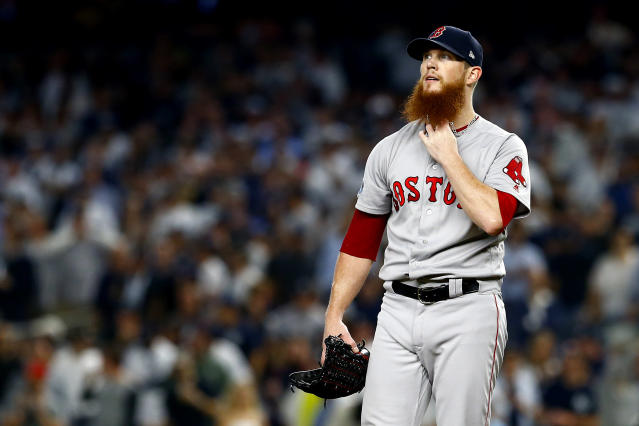 Craig Kimbrel had more to worry about than a beer can during Game 4 of the ALDS. (AP Photo)
