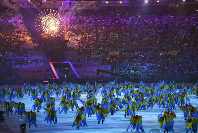 <p>Performers take part in the closing ceremony for the 2016 Rio Olympics at the Maracana Stadium on August 21, 2016. (REUTERS/Toby Melville) </p>