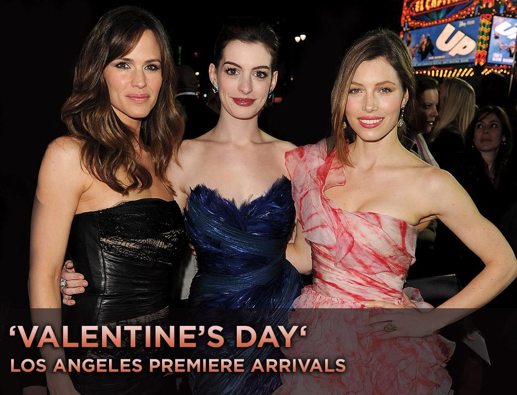 """Last night, the stars came out in force for Garry Marshall's ensemble romantic comedy """"<a href=""""http://movies.yahoo.com/movie/1810094501/info"""">Valentine's Day</a>."""" Click ahead to see who showed up and what they wore..."""