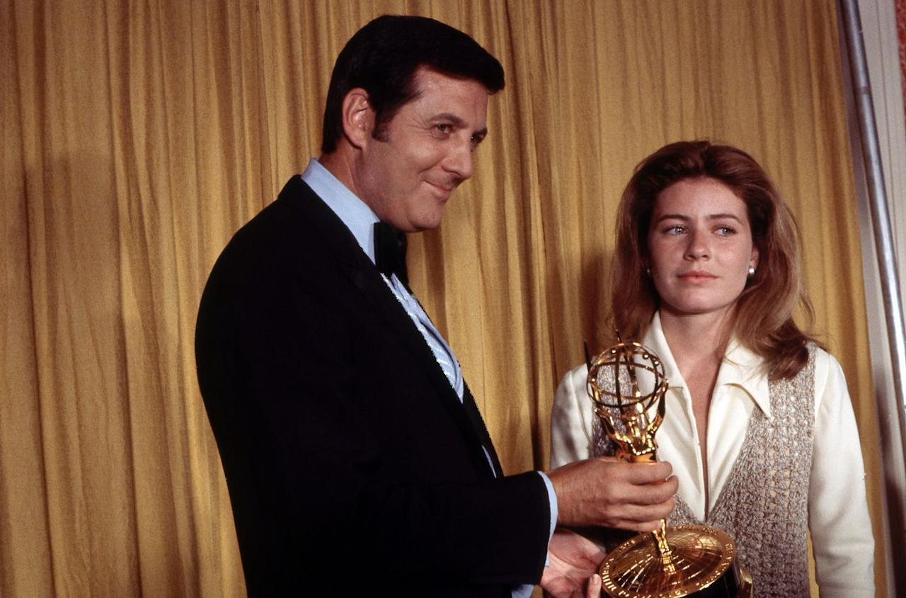 """<p>At the 22nd Annual Primetime Emmy Awards, Patty Duke won the award for Best Single Performance by a Leading Actress. But instead of appearing happy, she was just...uncomfortable. Duke approached the podium, walked around the presenter, and awkwardly took her statue without ever making eye contact. She then proceeded to stand there silently for a moment before mumbling """"thank you,"""" then awkwardly wished her mother a happy birthday. Duke said she was taught not to say """"thank you"""" for very long, and that her three favorite words were, """"hello, enthusiasm, and thank you."""" We're still confused.</p>"""