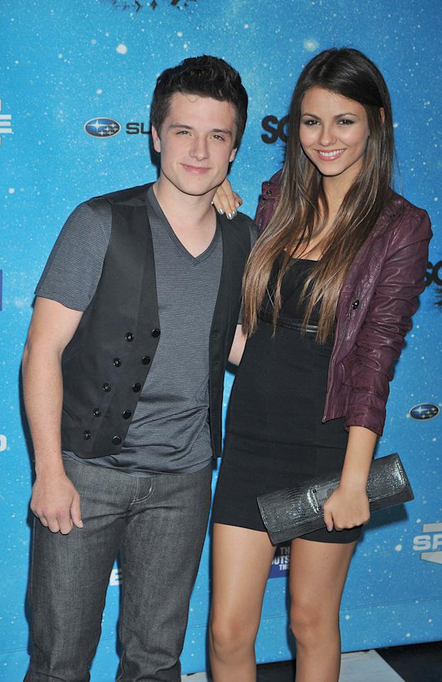"""<a href=""""http://movies.yahoo.com/movie/contributor/1808504169"""">Josh Hutcherson</a> and <a href=""""http://movies.yahoo.com/movie/contributor/1809106294"""">Victoria Justice</a> at the 2009 Spike TV Scream Awards in Los Angeles - 10/17/2009"""